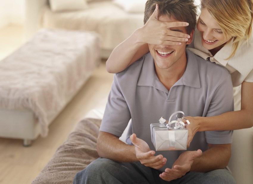 Можно ли жене дарить часы на день рождения