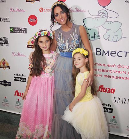 Алсу ее семья фото детей