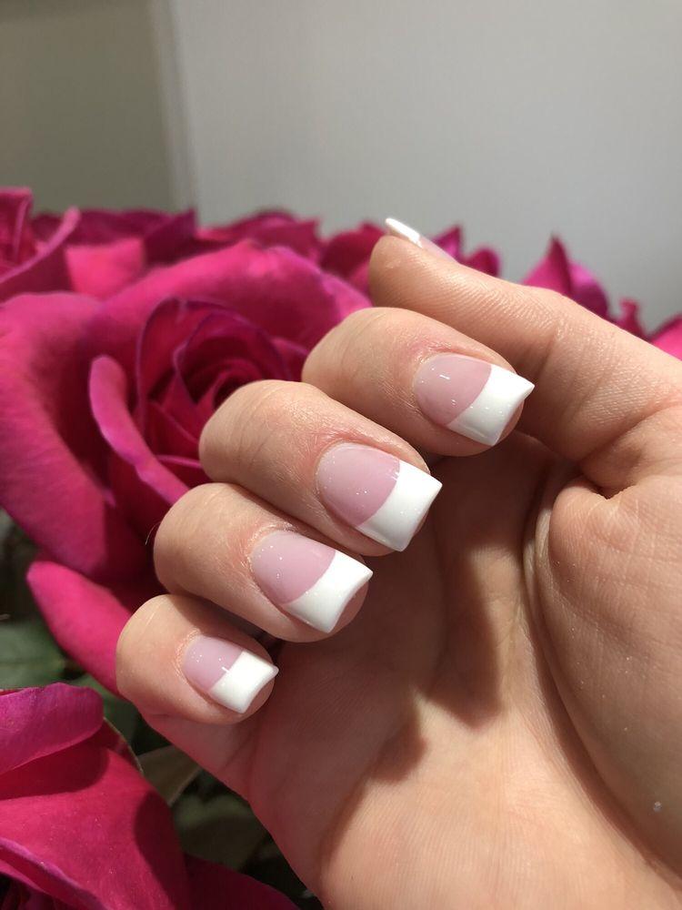 Nails canton mi