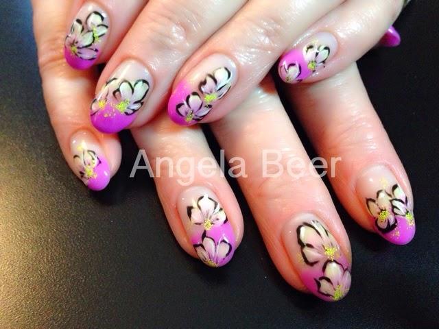 Bleutopia nails