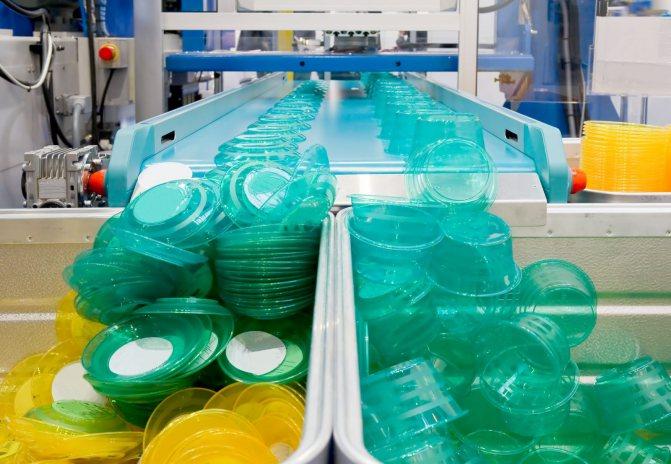 Оборудование для производства форм из пластика