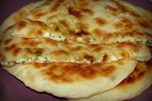Хачапури с творогом сыром и зеленью