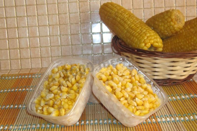 Кукуруза на зиму в зернах
