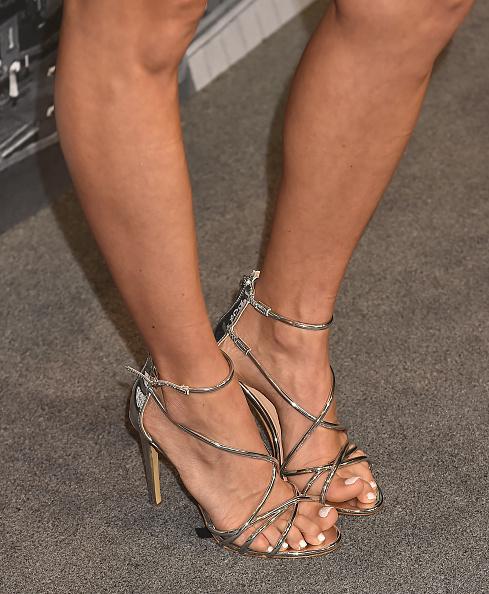 Carrie underwood foot