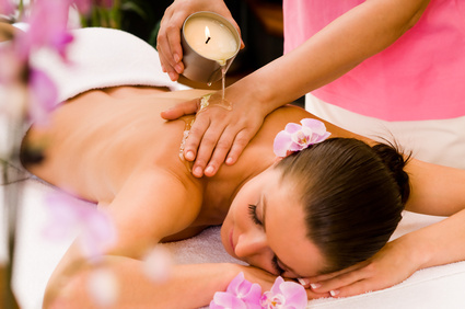 CANDLE BODY MASSAGE BY VANITY CUBE