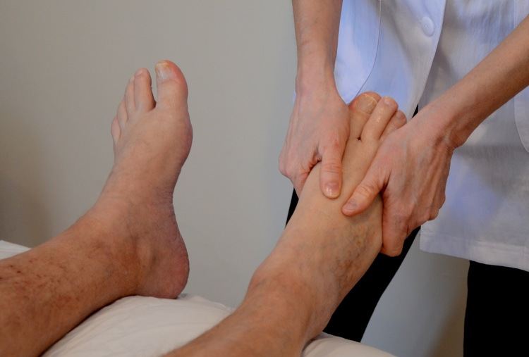 DRY FOOT REFLEXOLOGY(10 MIN)