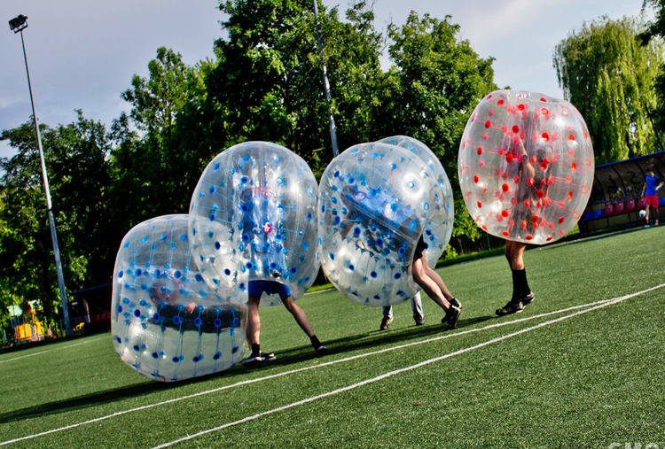 BUBBLE FOOTBALL IN KRAKóW