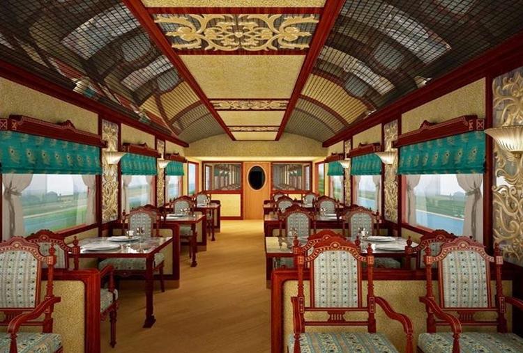 GOLDEN CHARIOT TRAIN TOUR