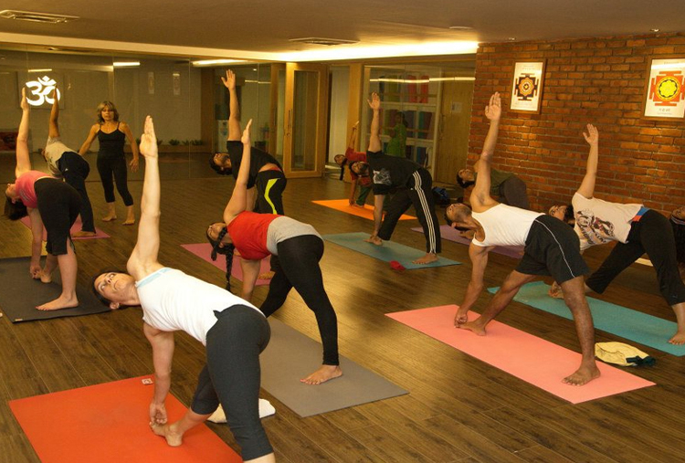 PRIVATE ONE-ON-ONE YOGA CLASSES