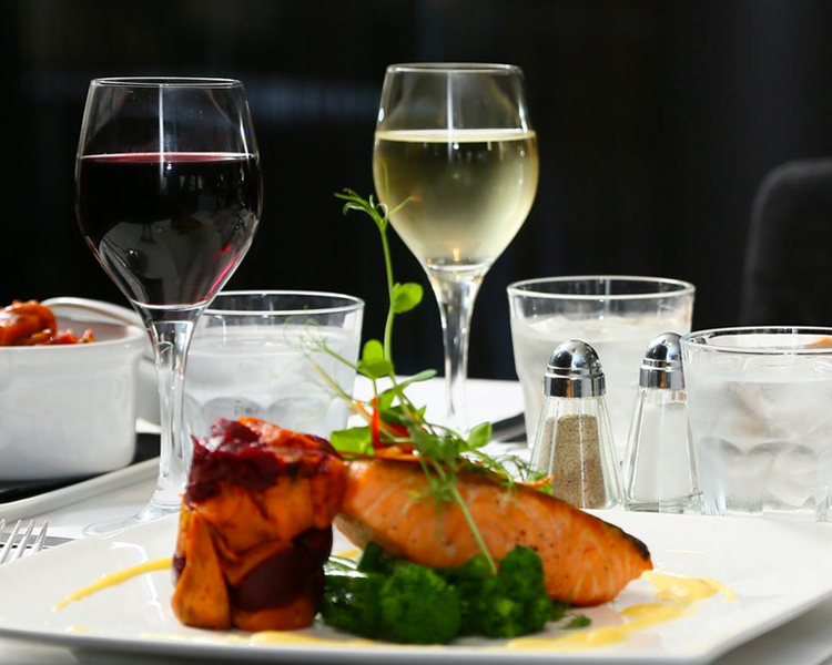 DINNER AT MYNT, TAJ WEST END