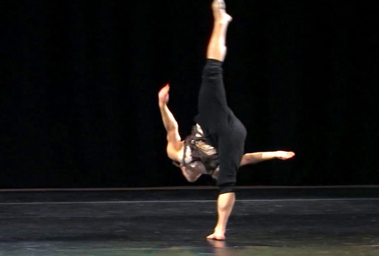 CONTEMPORARY DANCE LESSONS