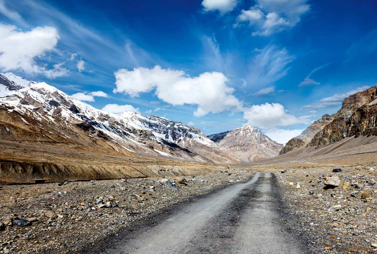MOTORCYCLE TOUR TO LADAKH