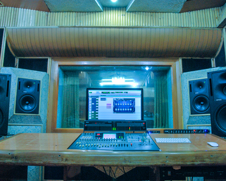 KARAOKE RECORDING