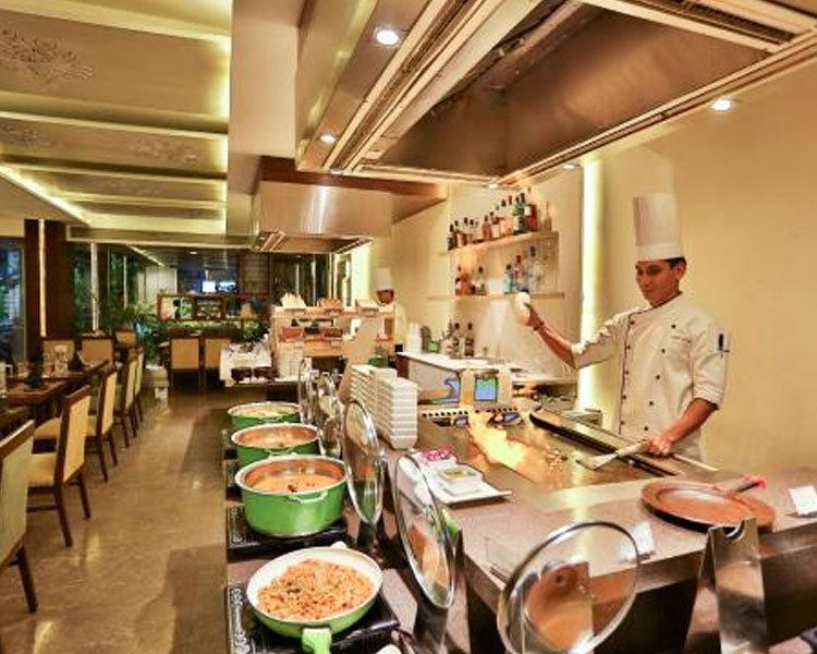 HIBACHI DINING