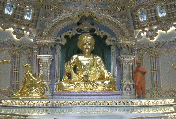 EXPLORE SPIRITUALITY OF AKSHARDHAM TEMPLE