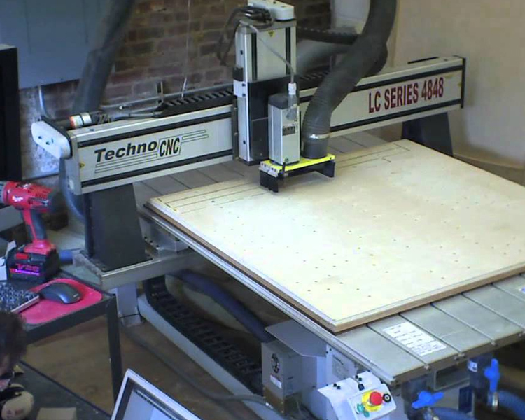 CNC MILLED TABLE LAMP
