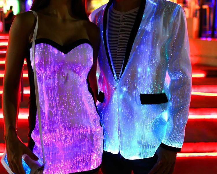 WEARABLES: SHINY DRESS
