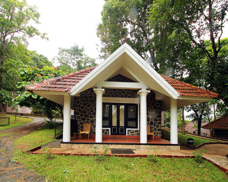 EXPERIENCE THE CULTURAL KERALA WITH THEKKADY