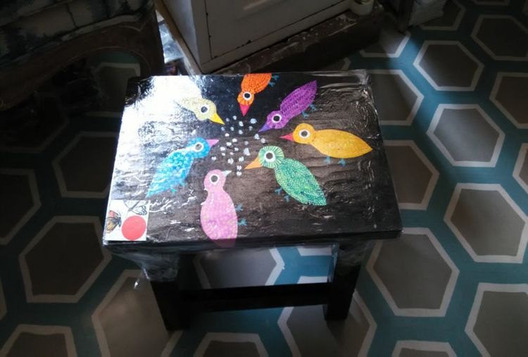 PAINTING A WOODEN STOOL