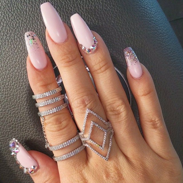 Idb nails