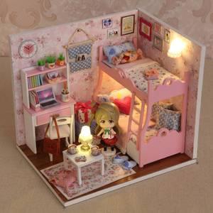 Вещи для кукольного домика