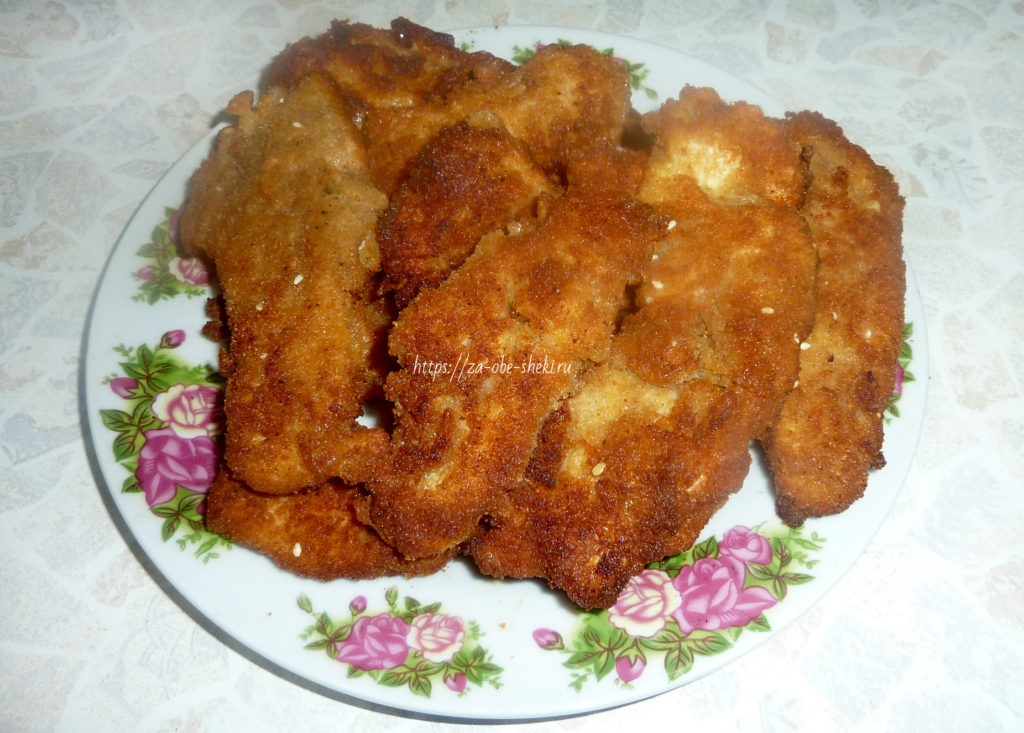 Куриная грудка в сухарях на сковороде рецепты