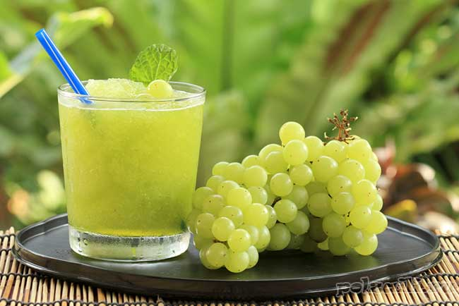 Сок виноградный свежевыжатый