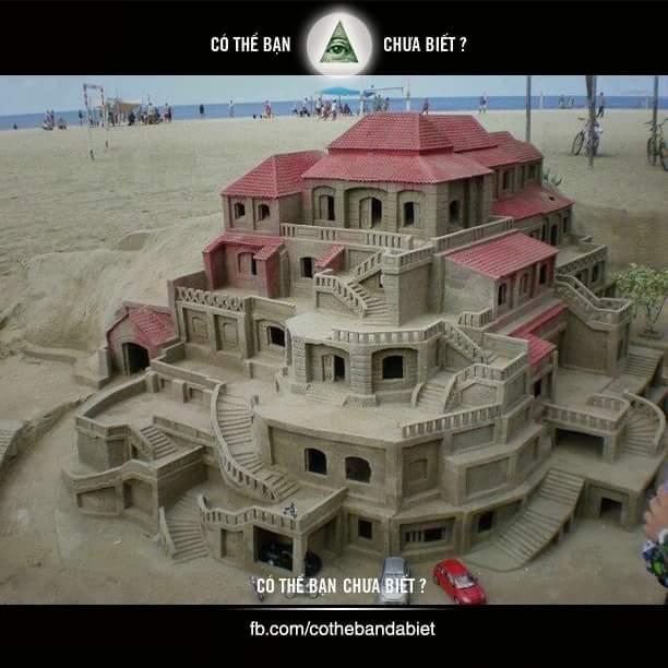 Tòa nhà làm từ cát. Nhìn như thật ấy nhỉ? Nể quá.
