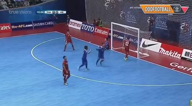 Ệch 2-0 cho Thái rồi.