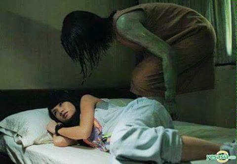 Tại sao đi ngủ chúg ta thường mắc màn? Chắc hẳn mọi người đag suy nghĩ mắc màn để tránh muỗi...