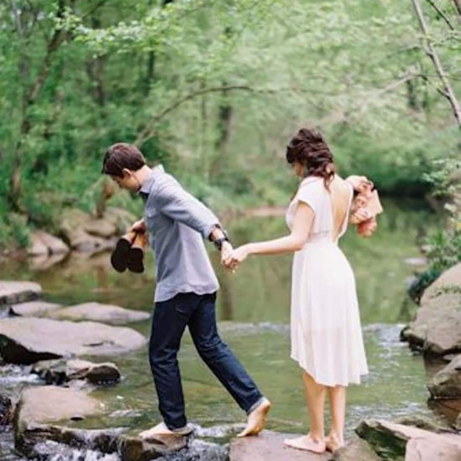 Thế nào là yêu đúng người? . Khi một người phụ nữ gặp được một người đàn ông tốt, thì cả đời...
