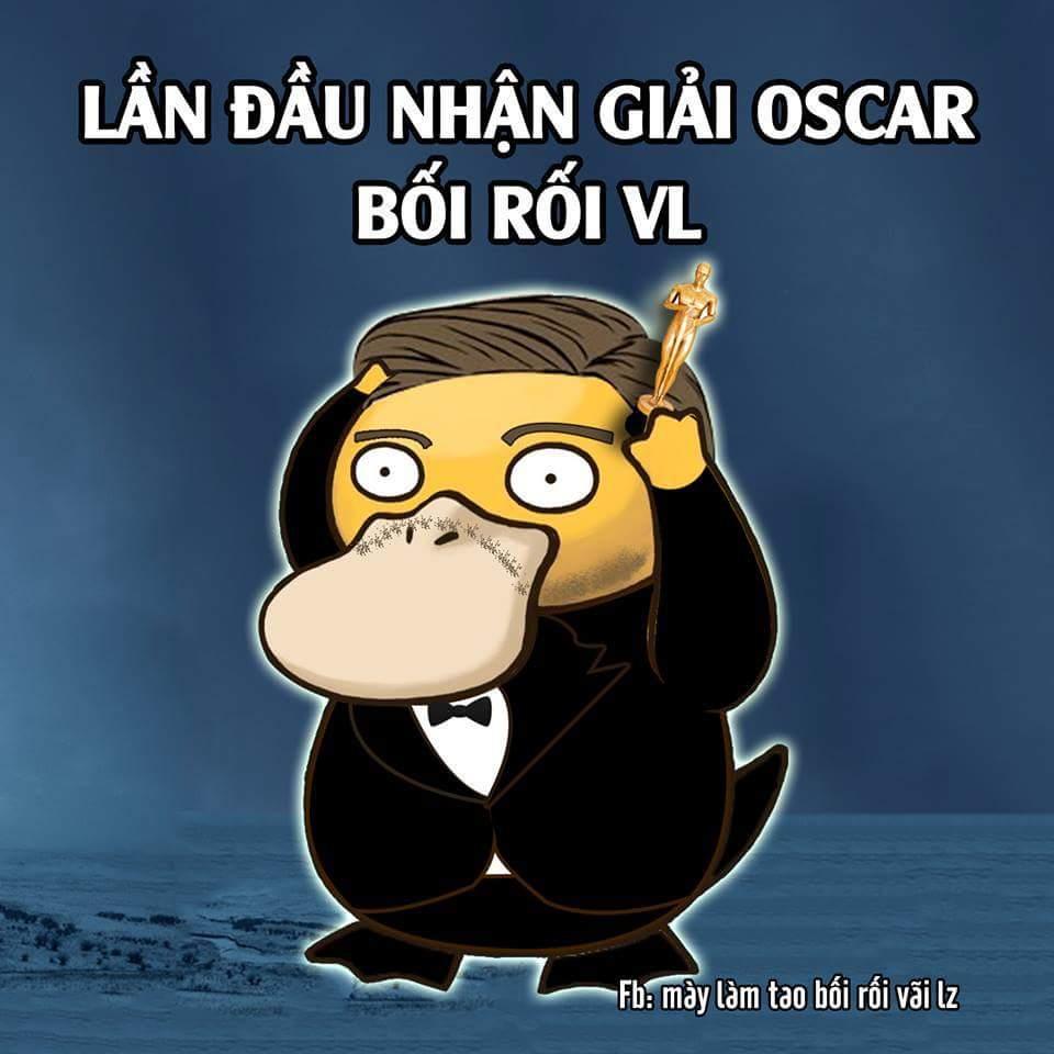 Cuối cùng thì Leo cũng đã có vinh dự cầm trên tay tượng vàng #Oscar :3 . Chúc mừng anh ^_^...