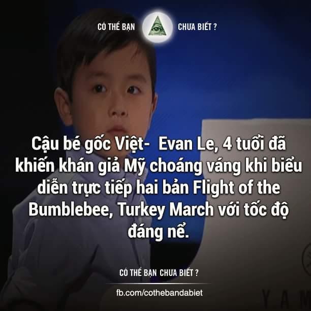 Một ngày đầu năm 2014, anh trai của Evan là Brandon được bố mẹ mua cho một chiếc bàn phím...