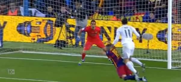 Cái qúe gì thế anh tài không công nhận bàn thắng của Bale -_- Real đang ép sân như...