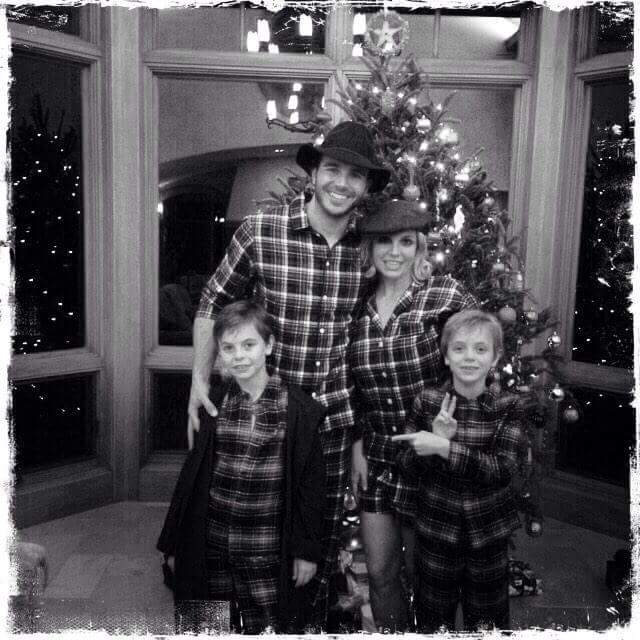Merry Christmas from Britney and family!