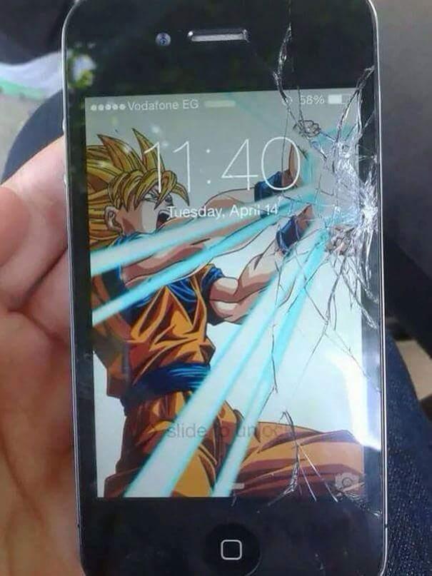 Màn hình điện thoại của bạn bị vỡ? Bạn không có tiền thay? Đừng lo! Đã có hình nền kì diệu!...