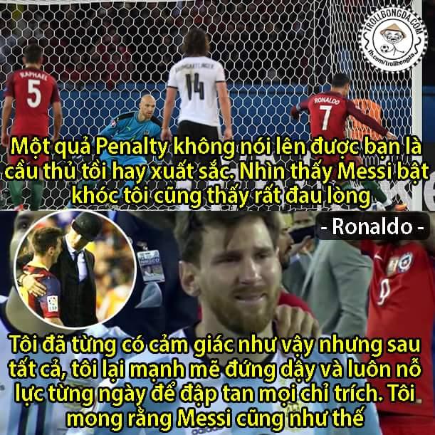 Ronaldo an ủi Messi sau cú sốc vừa qua, mạnh mẽ lên chàng trai. Chúng tôi cần anh, CĐV bóng đá...