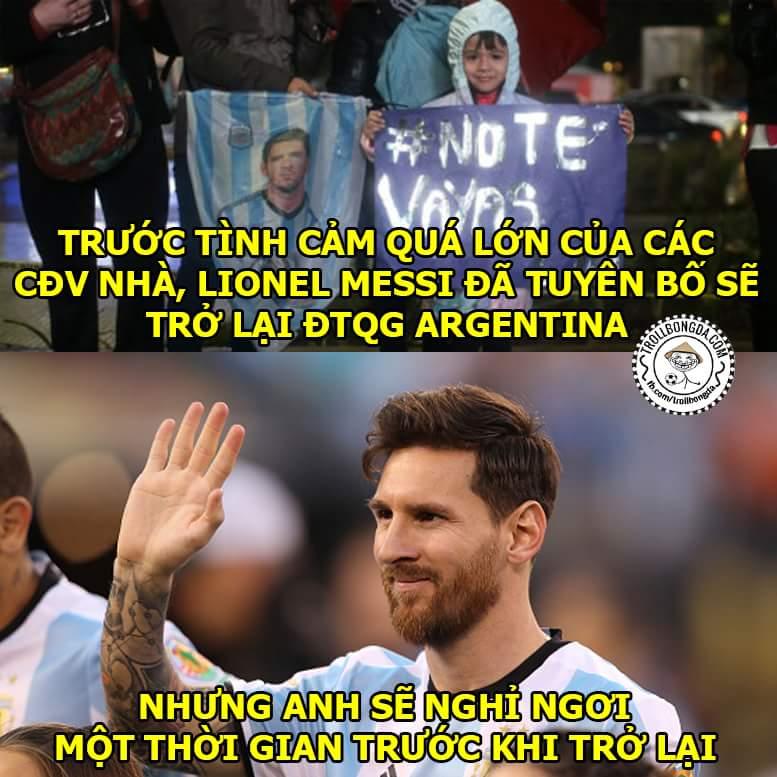 Messi rút lại quyết định rồi nhé :v Sút hỏng Pen tưởng bị chỉ trích ai ngờ được tôn thờ hơn...