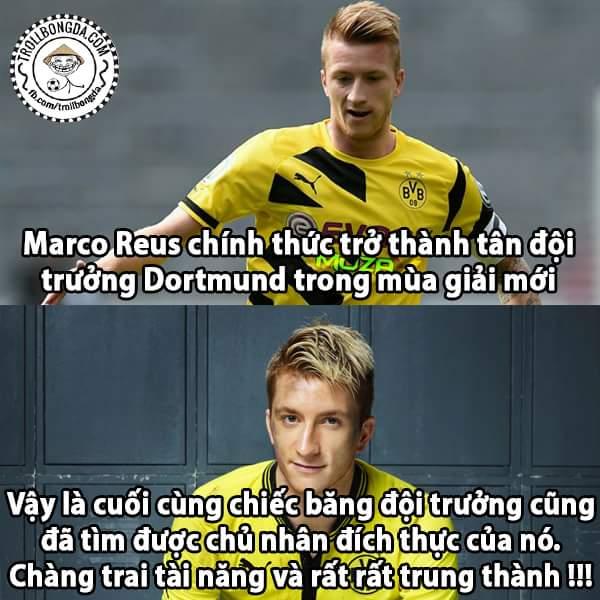 Captain Marco Reus (y) Chúc mừng