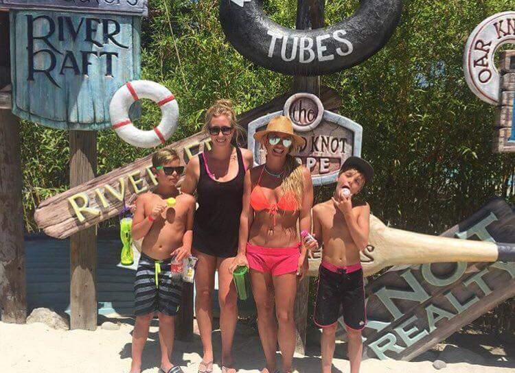 Hurricane Harbor whoop whoop! - Britney
