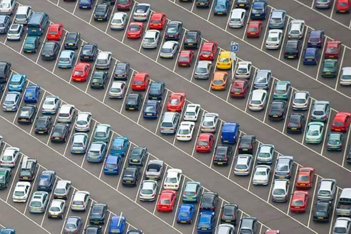"""Câu chuyện """"Chỗ đậu xe""""  Tại một tòa cao ốc của Thụy Điển có hơn 2000 chỗ đậu xe. Mỗi ngày,..."""