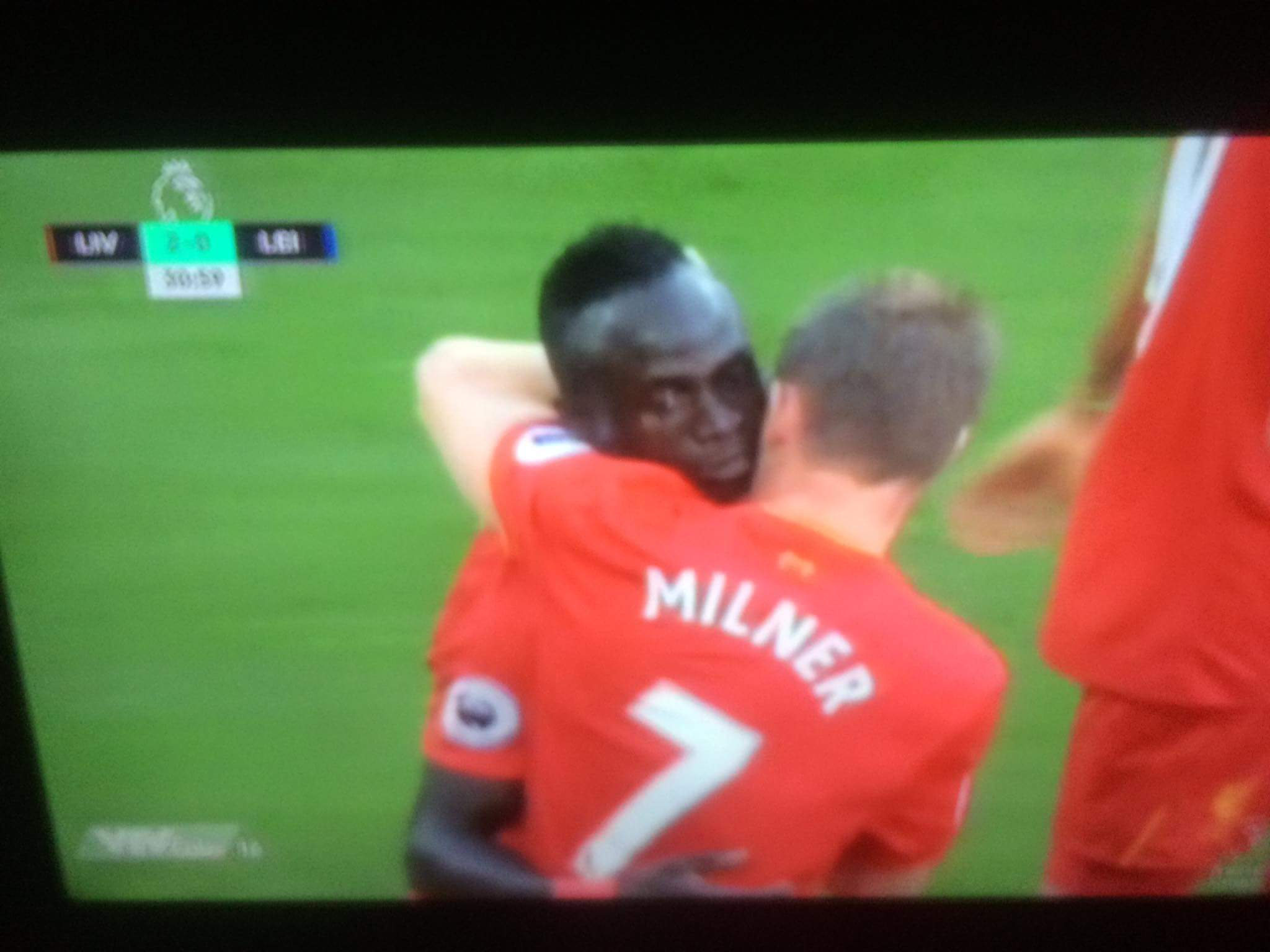 VÀOOOOOOO......zai đẹp Mane nâng tỉ số cho Liverpool :)))) ĐKVĐ nhọ
