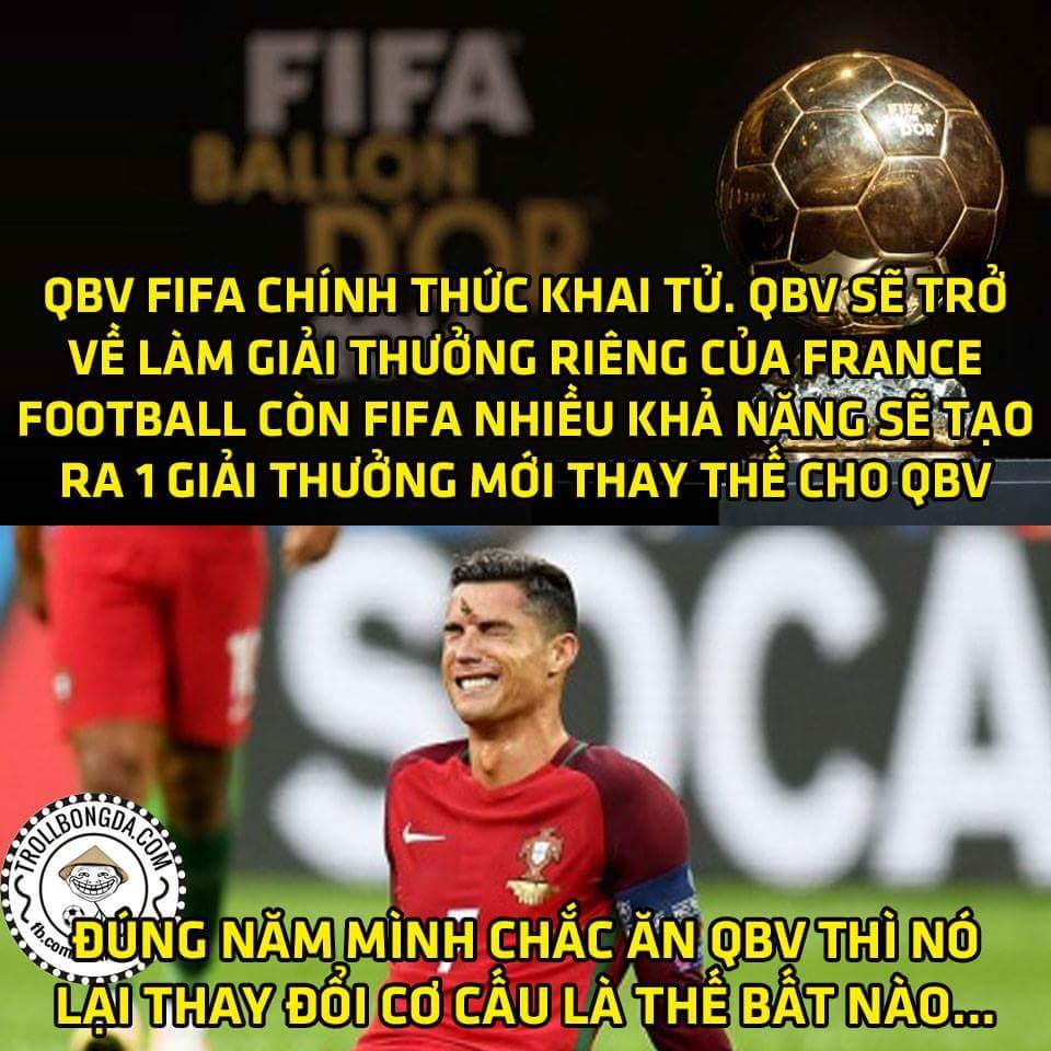 Quả bóng vàng bây giờ sẽ được bầu bởi các nhà báo quốc tế, các HVL và đội trưởng các đội tuyển...