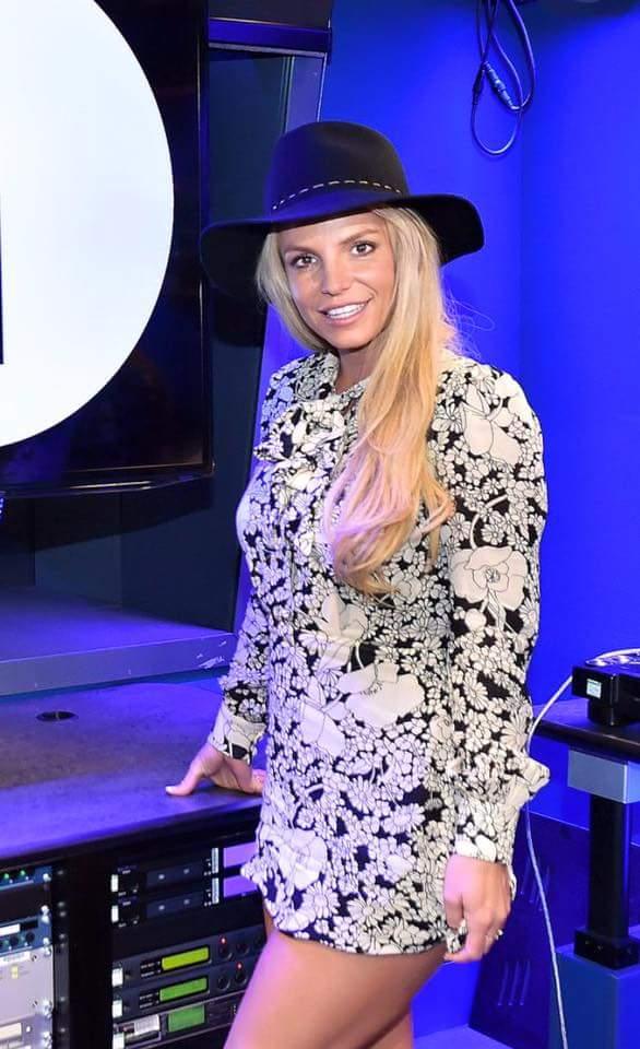 Britney at BBC Radio 1 in