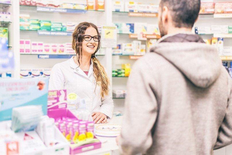 Как правильно купить аптеку