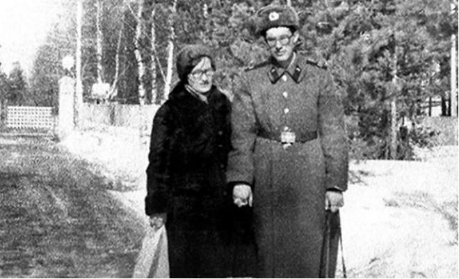 Андрей Норкин с мамой