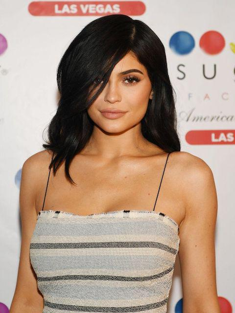 How old is kylie jenner 2016