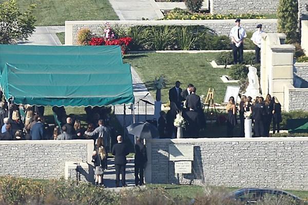 Пол Уокер: похороны состоялись (фото)