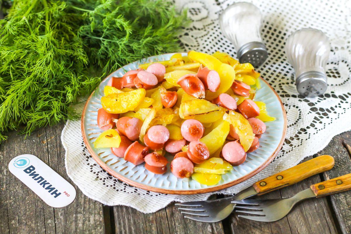 Как приготовить сосиски с картошкой