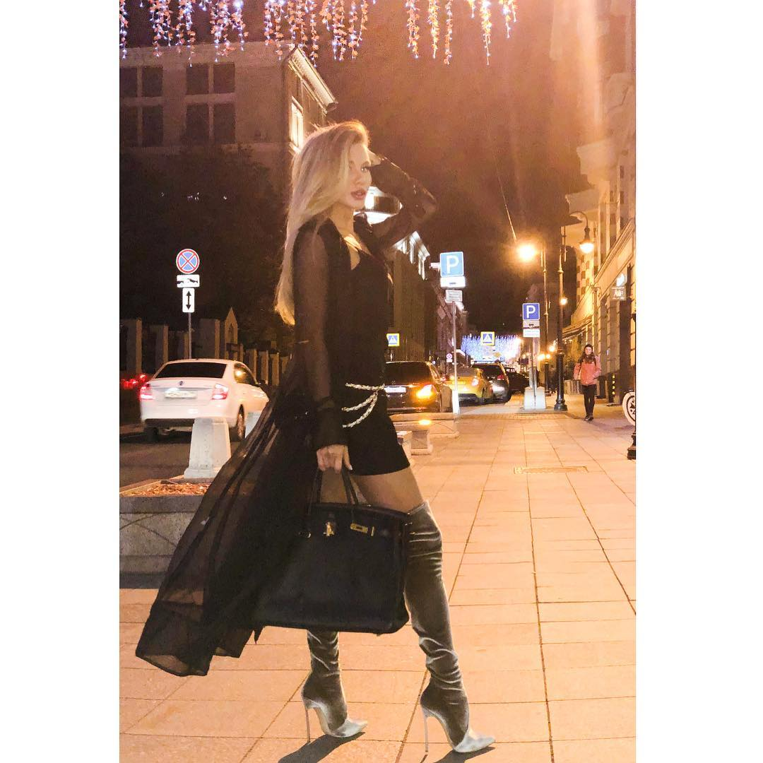 Анастасия Ковалева в инстаграм – фото от 18 октября 2018